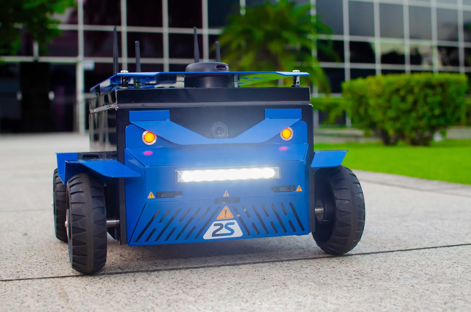 plataforma robótica móvel multipropósito